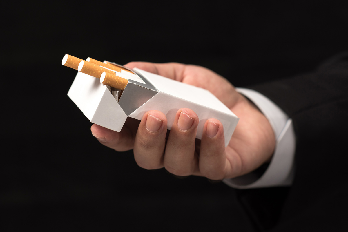 Periodontitis and Smoking | Placerville Dental Group